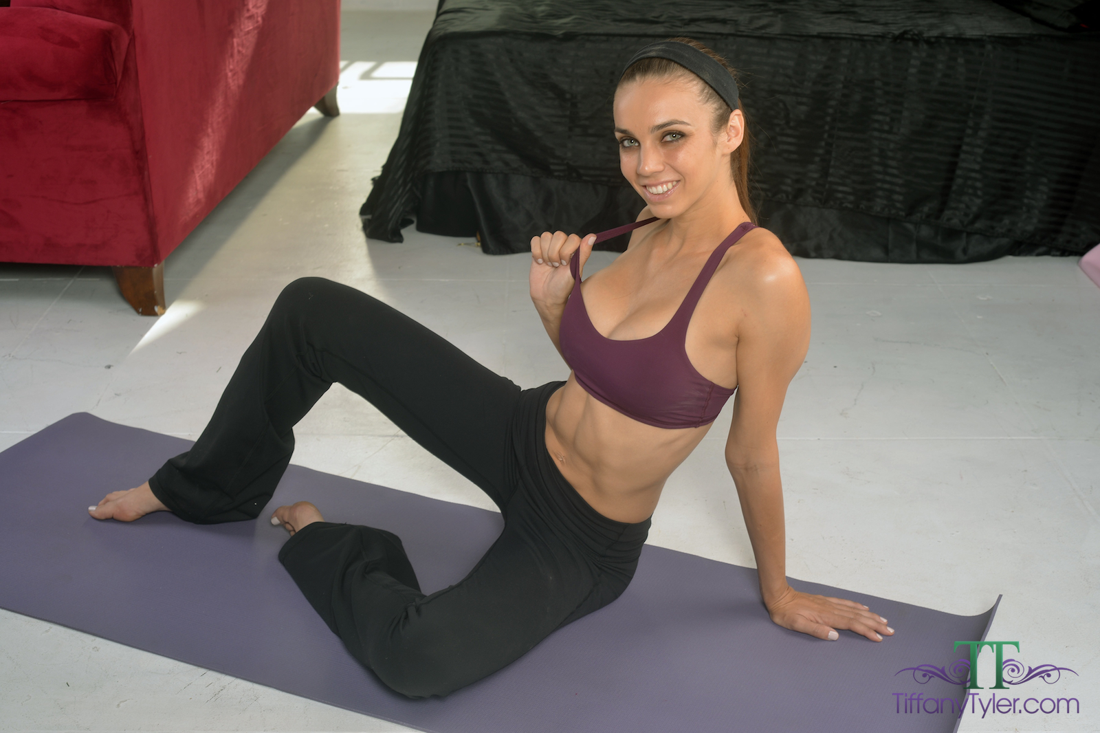 yoga pants tyler Tiffany